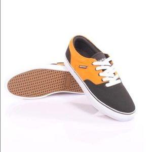 Etnies men's Fairfax skate shoes 10.5